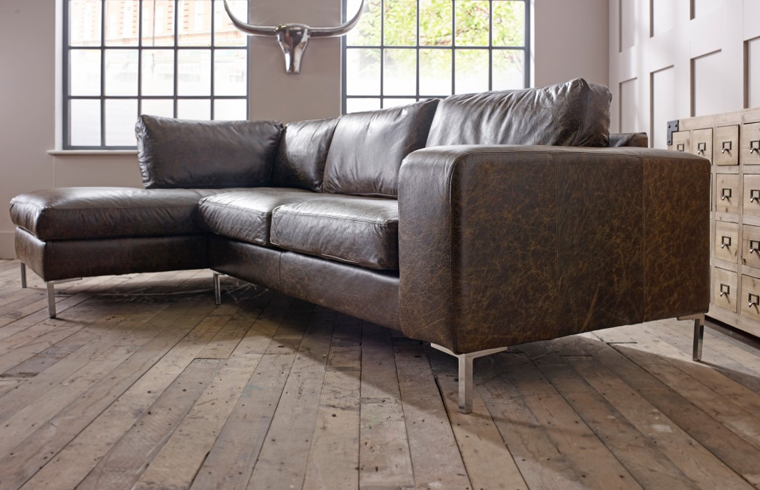 Wellington chaise corner sofa left hand facing corner sofas for Chaise lounge corner sofa