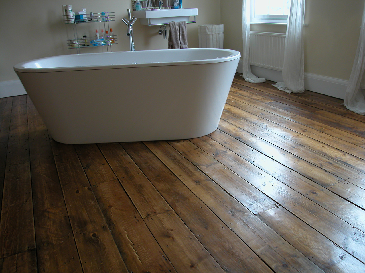 Tips On Selecting The Right Flooring | The English Sofa Company