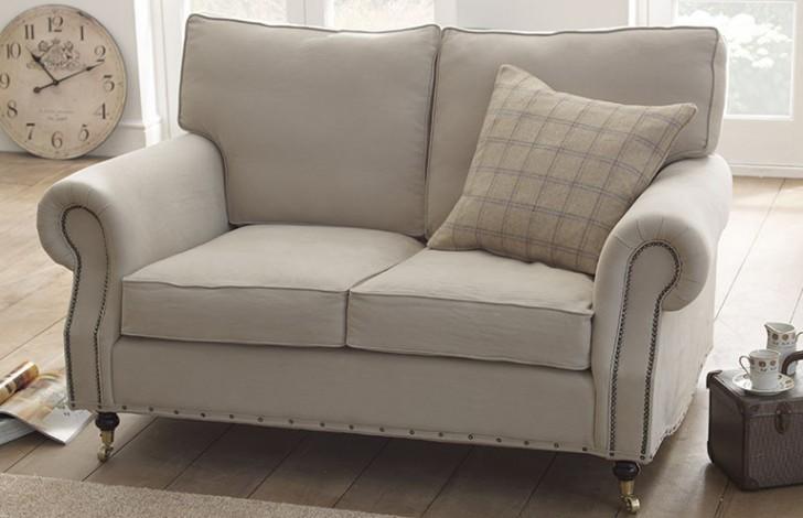 Arlington Traditional Sofa
