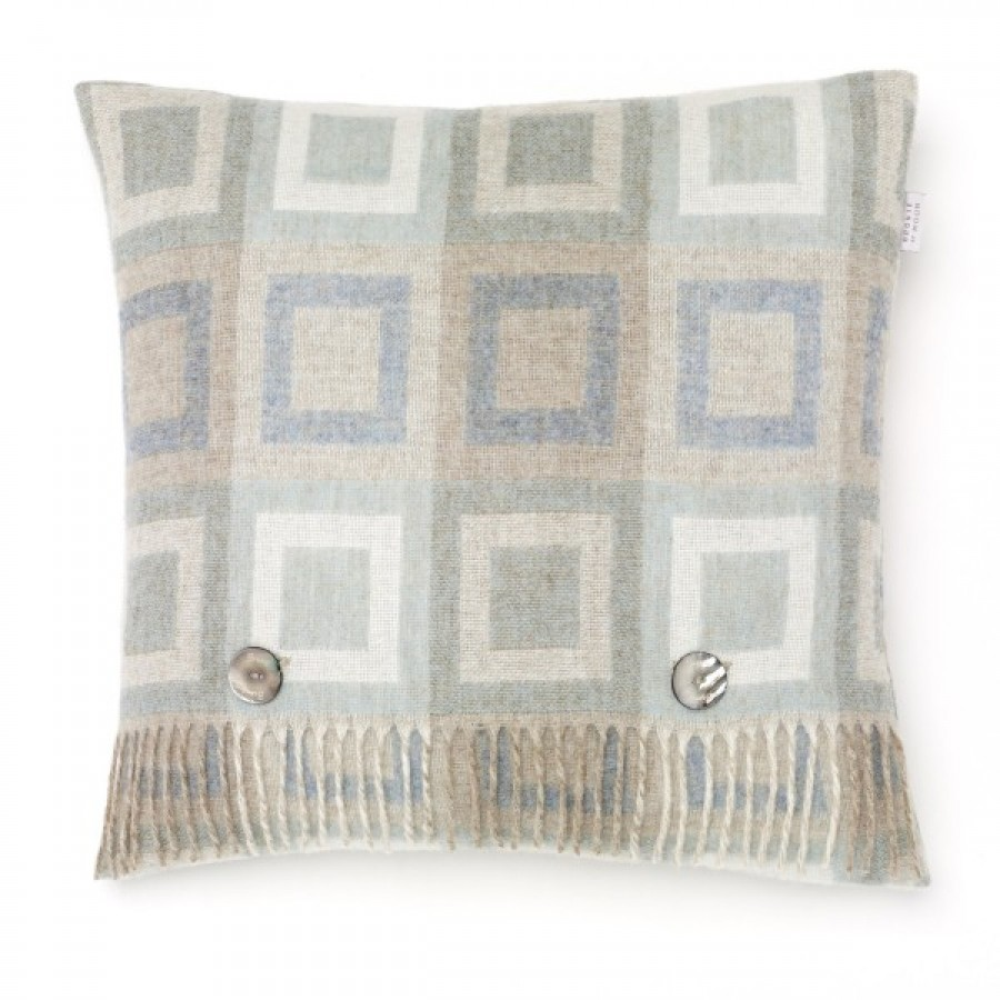 Doublesquare cushion
