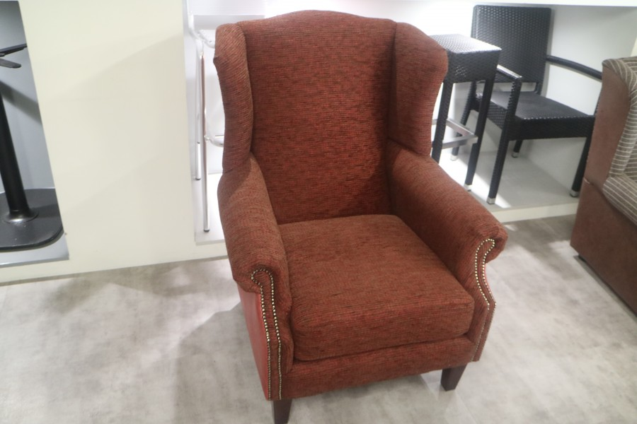 Ella Wing Chair - Chair - ella winged mixed red